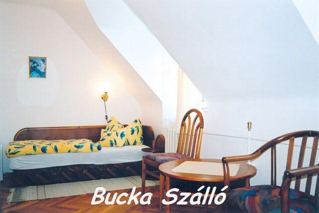 Bucka Szálló és Bugaci Vadászház