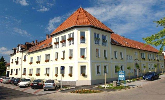 Hotel Korona****/*** Eger